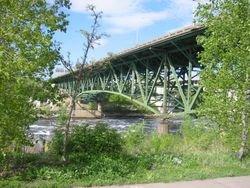 i35-bridge.jpg
